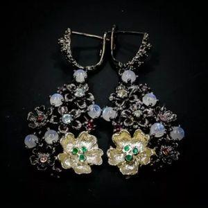 Gorgeous unique genuine moonstone Earrings